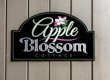 Twelve Oaks - Apple Blossom Cottage-27.jpg